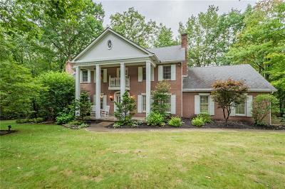 Single Family Home For Sale: 154 Saint Ives Dr