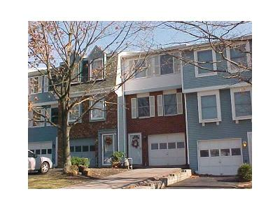 South Fayette PA Townhouse Sold: $108,500