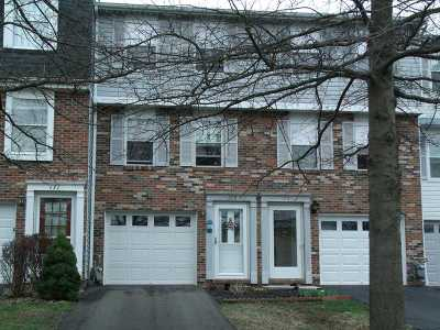 Townhouse Sold: 173 Russetts Circle