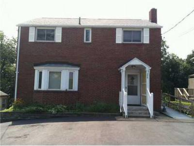 Monroeville PA Single Family Home For Sale: $149,900