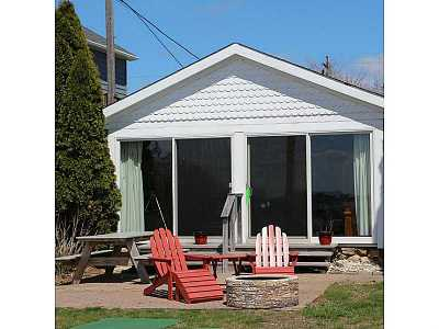 Charlestown RI Single Family Home Sold: $464,900