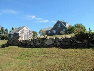 Block Island Single Family Home For Sale: 773 Lakeside Dr