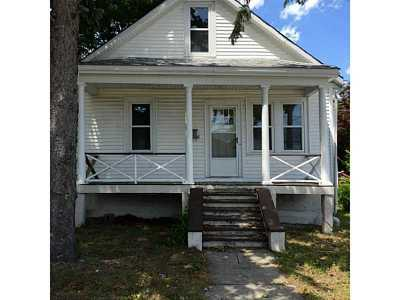 Single Family Home Sold: 61 Edgeworth Av
