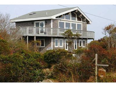 Block Island Single Family Home For Sale: 1663 Mohegan Trl