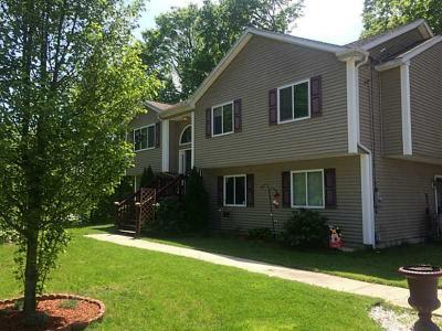 Johnston Single Family Home For Sale: 89 Maple Av