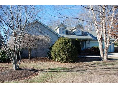 North Providence Single Family Home For Sale: 8 Tomcat Ter