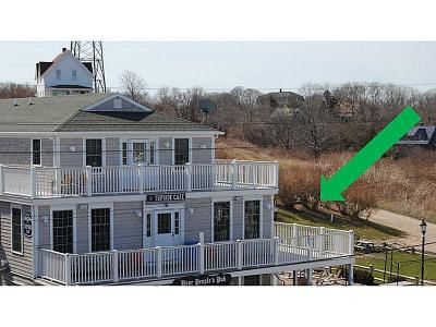 Block Island Condo/Townhouse Act Und Contract: 33 Ocean Av 2 #2