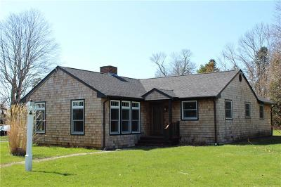 Tiverton Single Family Home For Sale: 47 North Ct