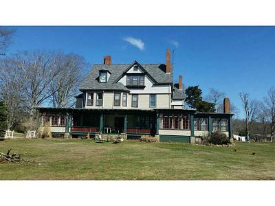 South Kingstown Single Family Home For Sale: 154 Post Rd