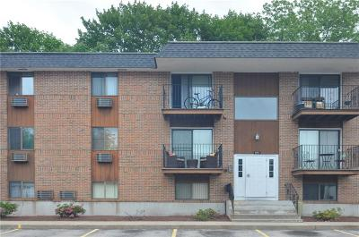 Lincoln Condo/Townhouse For Sale: 117 John St, Unit#44 #44