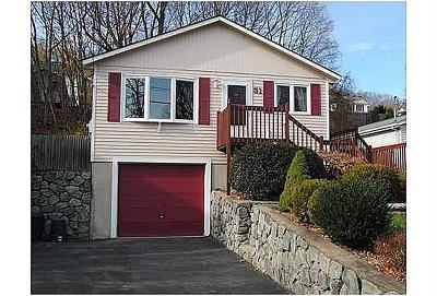 Cranston Single Family Home For Sale: 31 Fales St