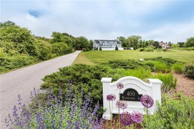 Narragansett Single Family Home For Sale: 400 Wandsworth St