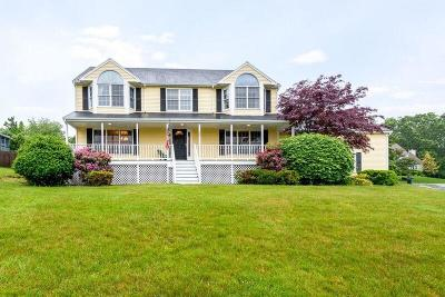 Cumberland Single Family Home For Sale: 29 Apple Ridge Rd