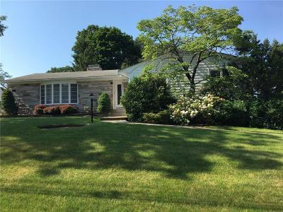 Cranston Single Family Home For Sale: 150 Brayton Av
