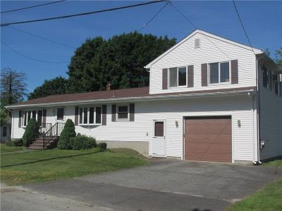 Cumberland Single Family Home Act Und Contract: 45 Rhode Island Av