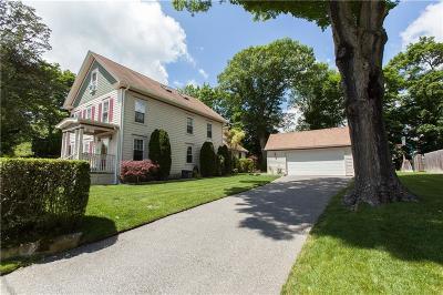 Cranston Single Family Home For Sale: 4 Brookdale Av