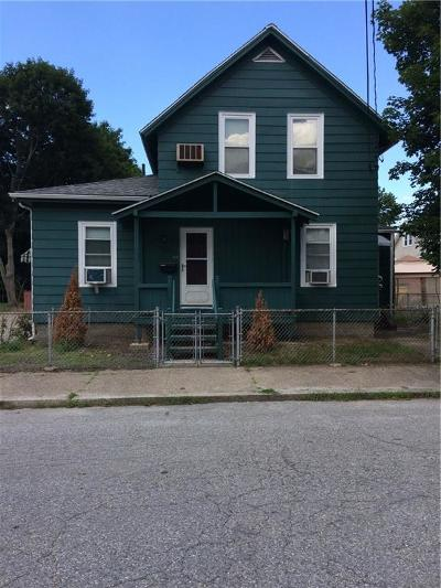 Woonsocket Multi Family Home For Sale: 310 Estes St