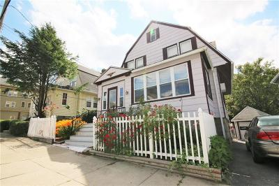 Woonsocket Single Family Home For Sale: 67 Maple St