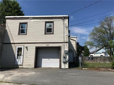 Woonsocket Single Family Home For Sale: 155 Thomes St