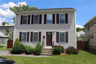 Woonsocket Single Family Home For Sale: 154 Bailey St