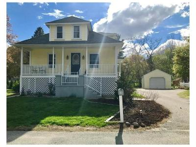 North Smithfield Single Family Home Act Und Contract: 62 Ferrier St