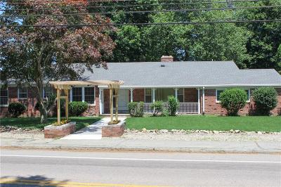 North Providence Single Family Home For Sale: 185 Smithfield Rd