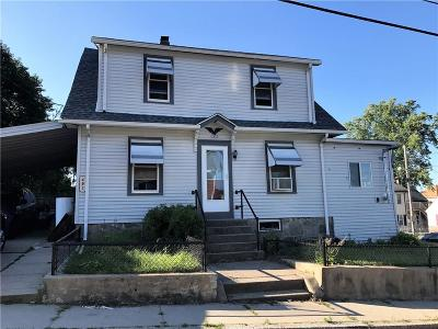 Woonsocket Single Family Home For Sale: 493 Olo St