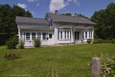 Burrillville Single Family Home For Sale: 1450 Tarkiln Rd