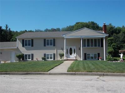 Cranston Single Family Home For Sale: 42 Azalea Dr