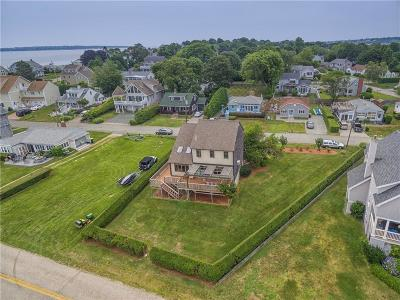 Narragansett Single Family Home For Sale: 48 Anchorage Rd