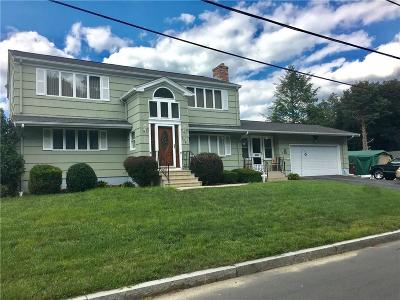 Woonsocket Single Family Home Act Und Contract: 228 Campeau St