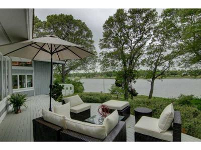 North Kingstown Single Family Home For Sale: 47 Pojac Point Rd