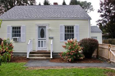 Johnston Single Family Home For Sale: 174 Central Av