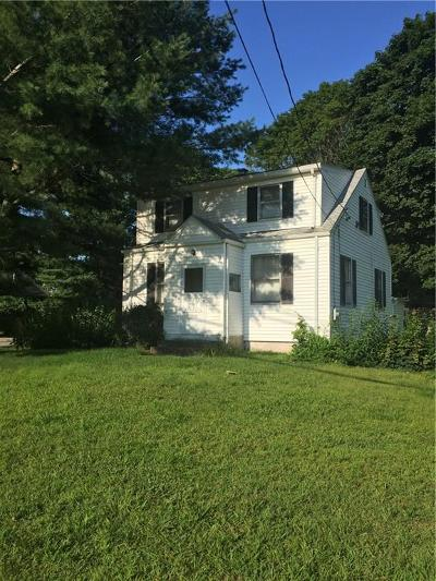 Cumberland Single Family Home For Sale: 1689 Diamond Hill Rd
