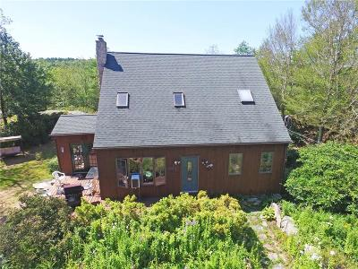 West Greenwich Single Family Home For Sale: 125 Falls River Rd