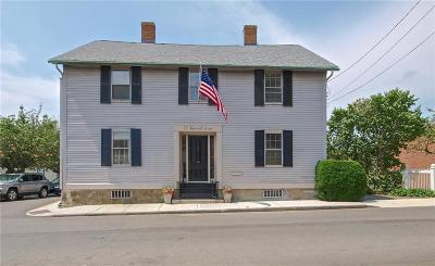 Newport Multi Family Home Act Und Contract: 22 Farewell St