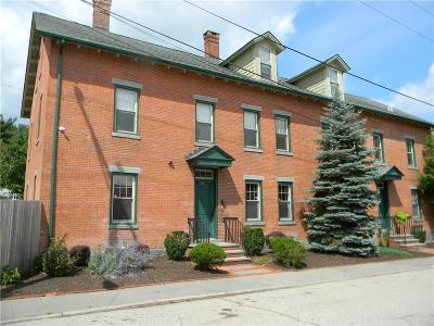 Lincoln Condo/Townhouse For Sale: 11 Cook St, Unit#3b #3B