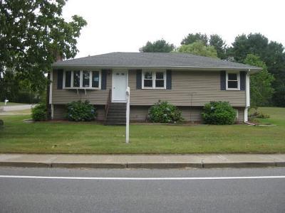 Smithfield Single Family Home For Sale: 136 Pleasant View Av