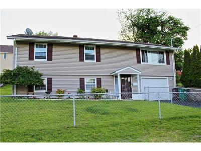 Woonsocket Single Family Home For Sale: 233 St Barnabe St