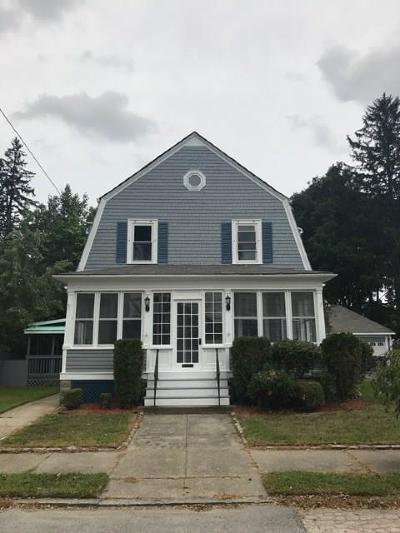 Cranston Single Family Home For Sale: 65 Blackamore Av