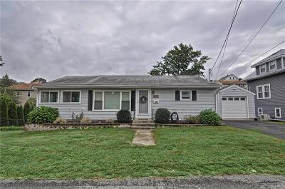 Woonsocket Single Family Home For Sale: 164 Ward St