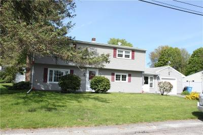 Cumberland Single Family Home Act Und Contract: 22 Leonard St