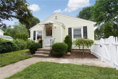 Smithfield Single Family Home For Sale: 5 Perry St