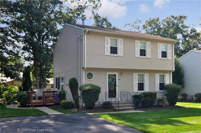 Cranston Single Family Home For Sale: 8 Long Ct