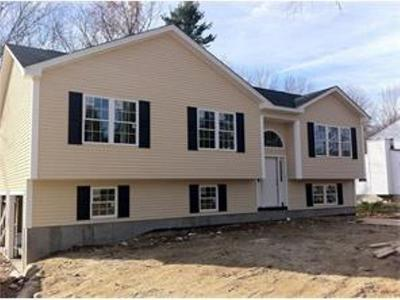 Burrillville Single Family Home For Sale: 565 Sherman Farm Rd