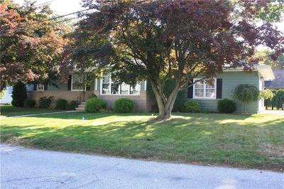 North Providence Single Family Home For Sale: 22 Meadow View Blvd