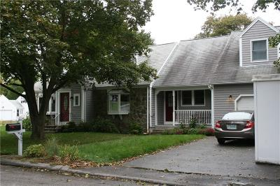 Cumberland Single Family Home For Sale: 457 Bryant St
