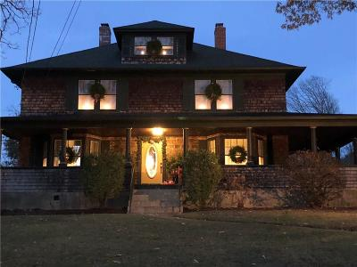 Cranston Single Family Home For Sale: 22 Old Spring Rd