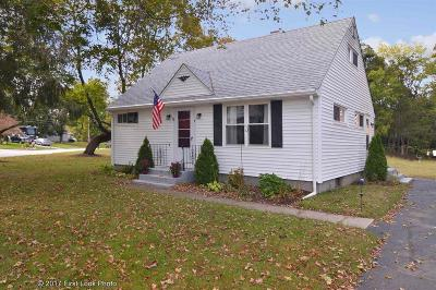 Smithfield Single Family Home For Sale: 12 Willow Rd