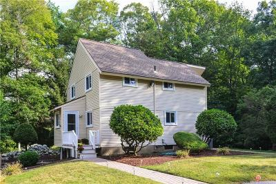 Glocester Single Family Home For Sale: 11 Briarwood Rd
